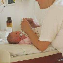 Ramatà ha tanta fretta di nascere  Viadanica, la mamma partorisce in auto