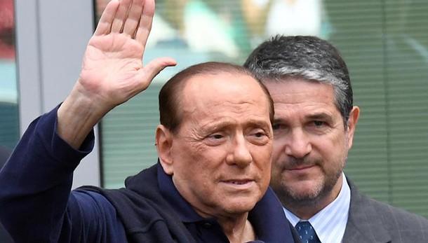 Berlusconi, operazione Vivendi è ostile