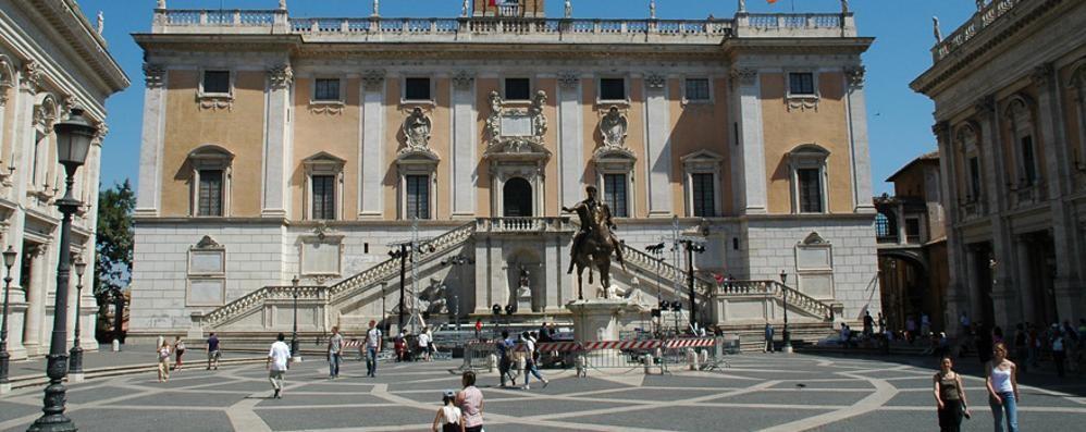 Roma, arrestato Raffele Marra Il braccio destro del sindaco Raggi
