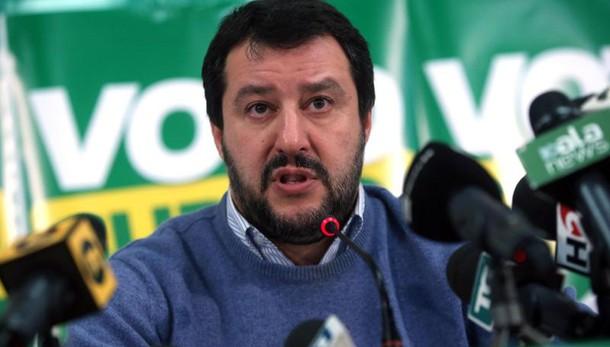 Salvini, no dimissioni Sala, Raggi sì