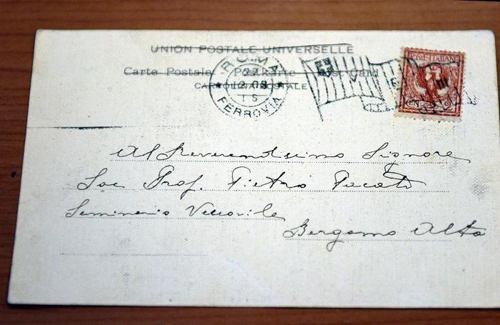 La cartolina autografata da Papa Roncalli