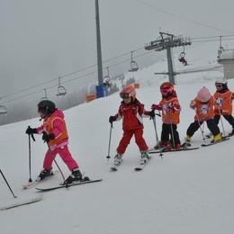 Volete imparare a sciare? Domenica 2 ore di lezione gratis