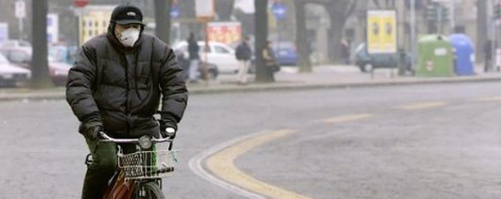 É allarme polveri sottili in Lombardia La Bergamasca fuori da 14 giorni