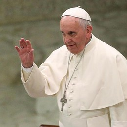 Il Papa telefona a Unomattina - Video «Auguro a tutti un Natale cristiano»
