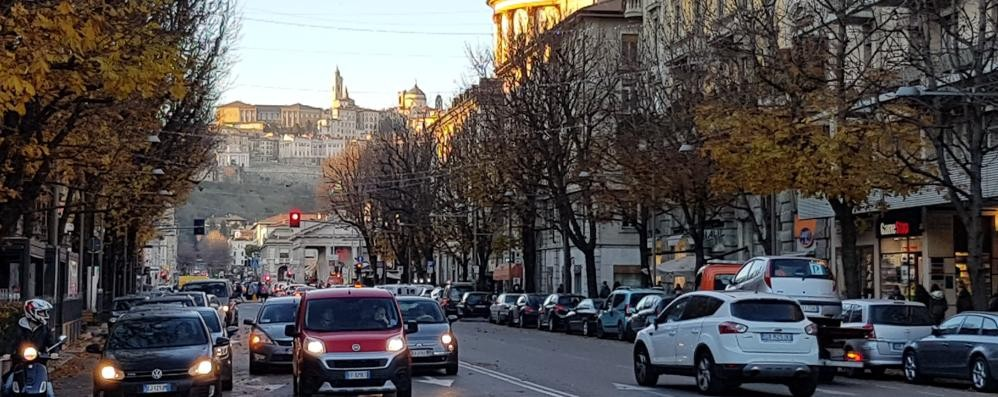 A Bergamo è primavera: 19 gradi «Record, ma ora torna il freddo»