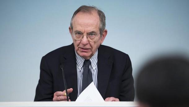 Mps: Padoan, opacità in criteri Bce
