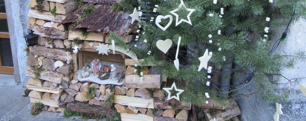 Mandaci il tuo presepe e vota on line Da Cassiglio con i ceppi di legno
