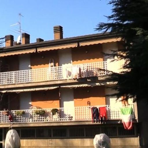 La Cassaforte In Casa : Entrano in casa e aprono la cassaforte ladri acrobati