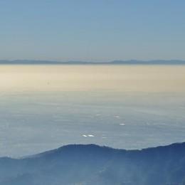 La magia della nebbia in un video Guarda lo spettacolo dal Monte Linzone