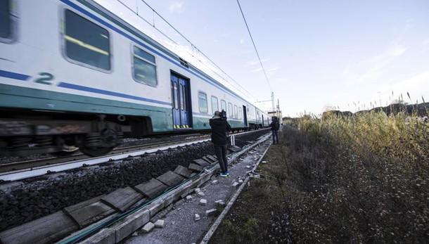 Morta studentessa, investita da treno
