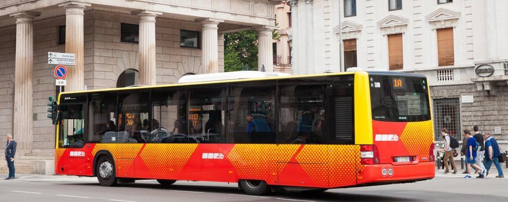 Atb, sette in pagella come il tram Ma resta il problema dei bus affollati