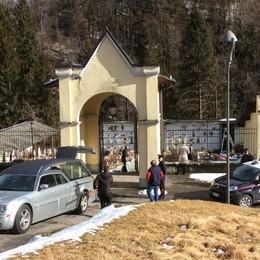 Piario, l'inchiesta sulle morti sospette Iniziate le esumazioni dei pazienti - Foto