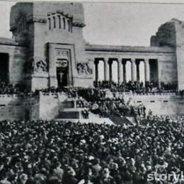 Risolto il mistero della foto di 90 anni fa È la commemorazione del Milite ignoto