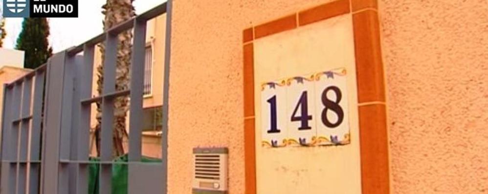 Spagna, il 49enne è morto soffocato Nessuna delle coltellate era letale