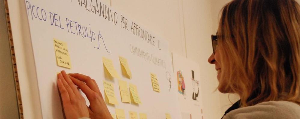 Risparmio energetico, la Valgandino si illumina di meno e accende le idee