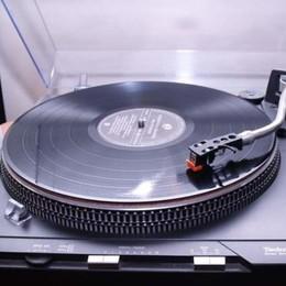 Torna la «Fiera del disco, cd e vinile» Appuntamento nel weekend a Stezzano