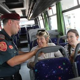 «Biglietteria chiusa, emettitrice rotta E non si può fare il ticket sul bus...»