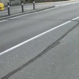 Via Gavazzeni e quei lavori sulla strada «Pericolosi per biciclette e ciclomotori»