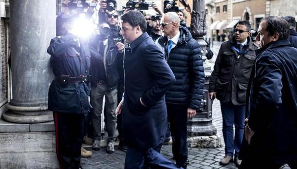Unioni civili: Renzi ipotizza fiducia