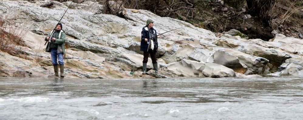 Pesca, stagione aperta - Foto e  video Ecco le nuove regole, ok i controlli