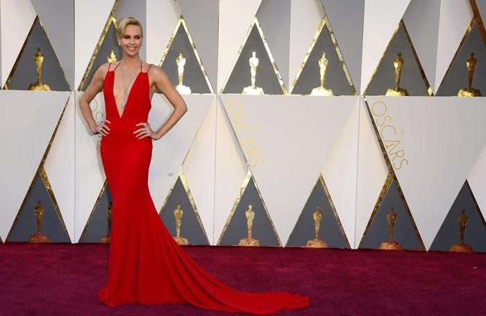 Charlize Theron, splendida come sempre