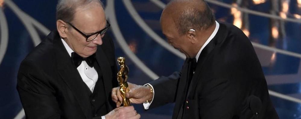 È stata la notte di Morricone e DiCaprio Vincono finalmente l'Oscar - Foto e video