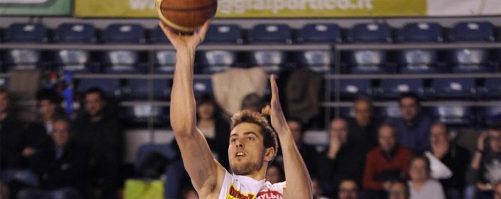 Exploit esterni di Comark e Remer Domenica super per il basket orobico