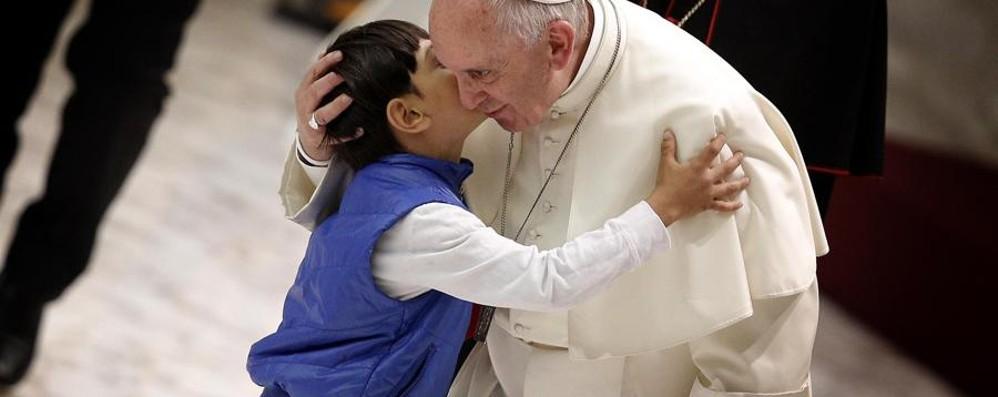 I bambini scrivono a Papa Francesco E le loro lettere finiscono in un libro