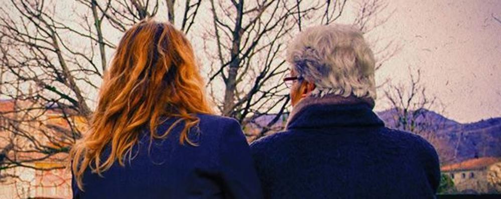 Il passato e il futuro di nonna e nipote Bergamasco il docufilm «Ansèra» - video