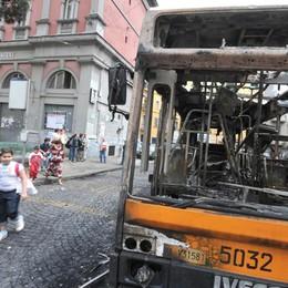 «Spaccate l'autobus»