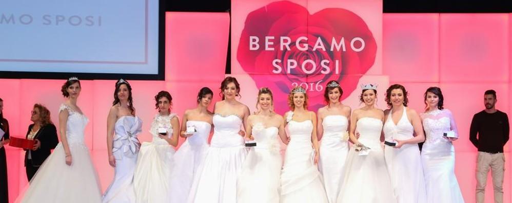 dc592e4818d5 Bergamo Sposi  ecco le Miss vincenti Janaina davanti a Sharon e Romina