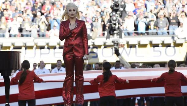 Superbowl: Lady Gaga regina pre-partita