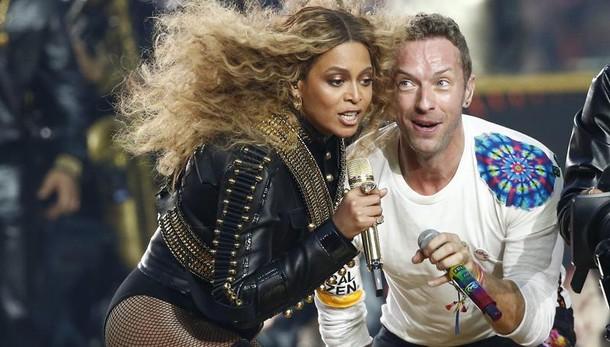 Superbowl:Coldplay e Beyonce' sul palco