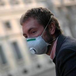 Smog, dopo 20 giorni di sforamento stop al traffico e 20 km/h in meno del limite