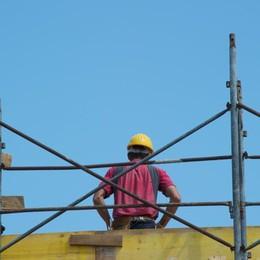 Edilizia, continua la crisi in Bergamasca 2000 posti persi, troppi contratti anomali