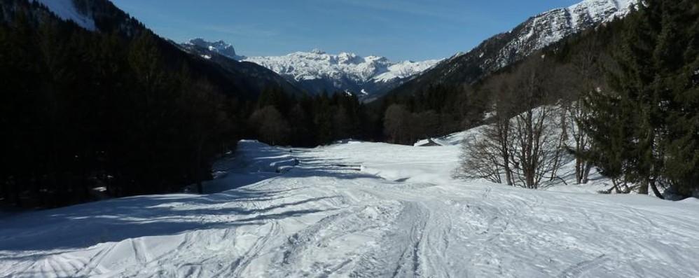 Motoslitte, uno scempio in Val di Scalve Gioiello trasformato in circuito puzzolente