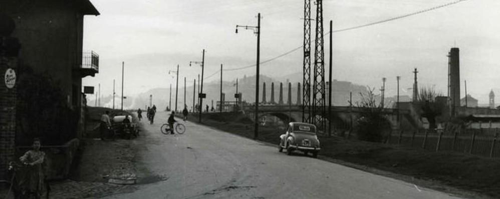 Quando alla fabbrica si andava in bici Ecco Boccaleone negli anni Cinquanta