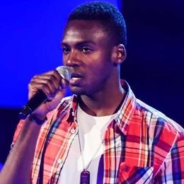 Charles lavora e studia la sera «Ma sogno di cantare» - Video