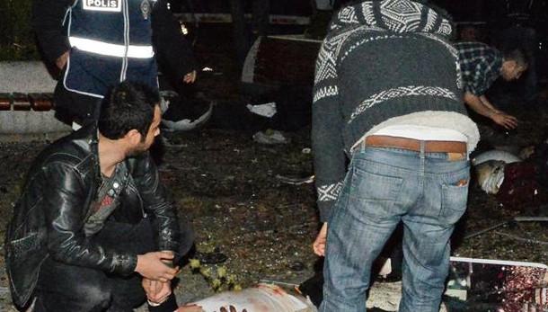 Esplosione Ankara, almeno 27 morti