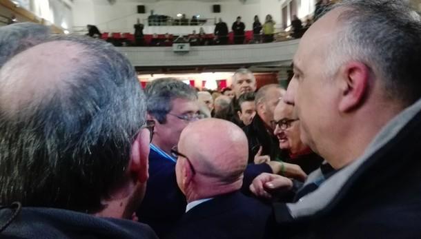 Bagno folla per Cuffaro a Palermo