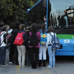 Autobus, nuovi aumenti da aprile Più 5% per le corse extraurbane