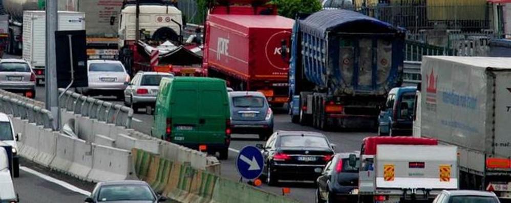 Incidente sull'autostrada A4 11 chilometri di coda verso Milano