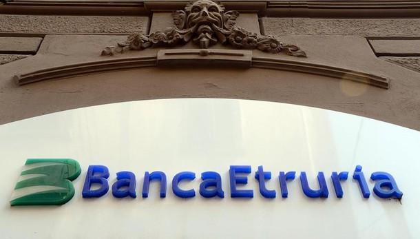 Banche: slittano tempi vendita good bank