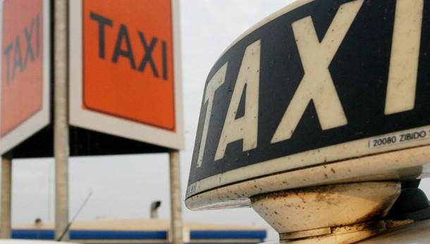 Sospeso sciopero taxi 18 marzo