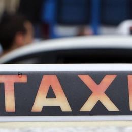Tra Uber e i tassisti io scelgo gli utenti