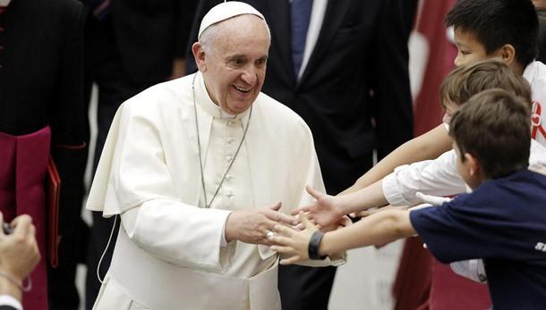 Papa, Chiesa non vuole soldi sporchi