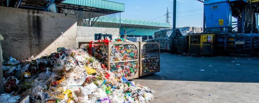 Smaltimento rifiuti, Lega all'attacco «No alle ecoballe campane in Lombardia»