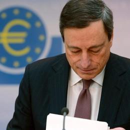 Draghi prende l'Europa per mano