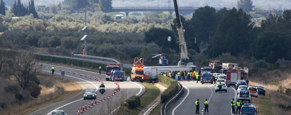 Incidente in Spagna, si aggrava il bilancio 13 ragazze morte, 7 sono italiane