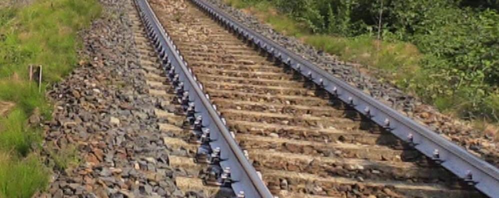 Investito dal treno a Vercurago Soccorso, muore in ospedale